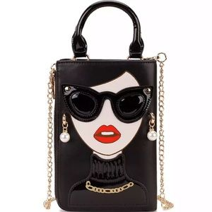 Adorable and sophisticated lady handbag